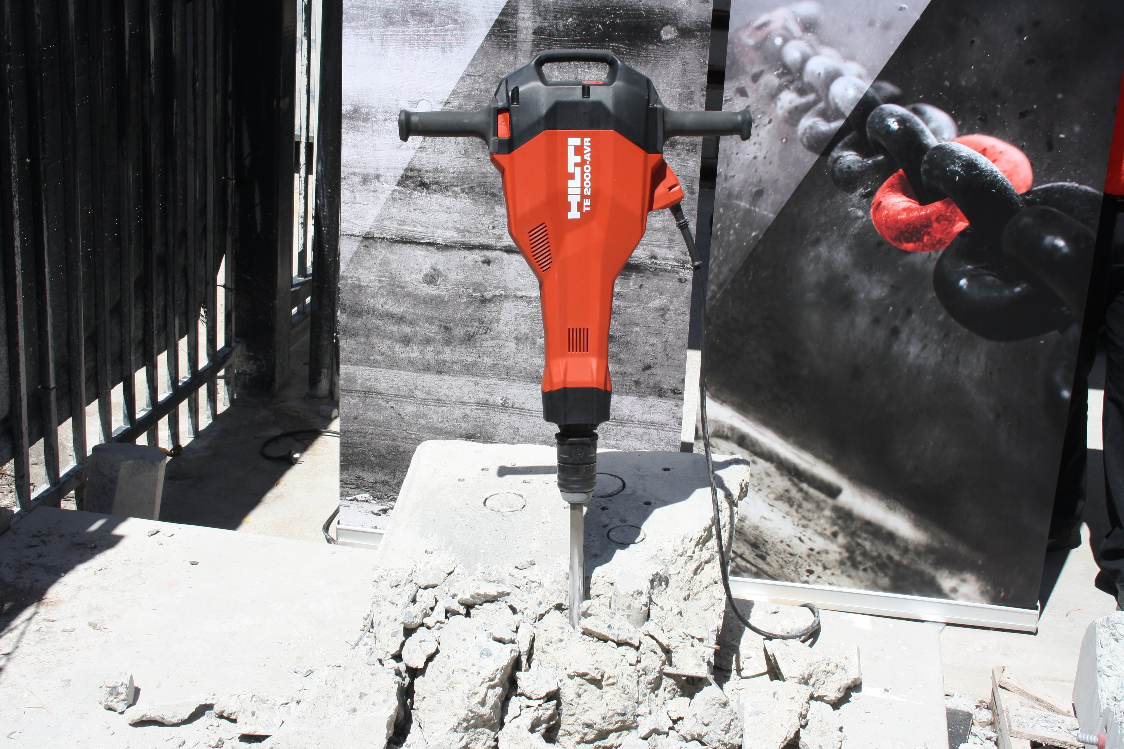 Kennards Hire makes demolitions easy with the new Hilti TE 2000
