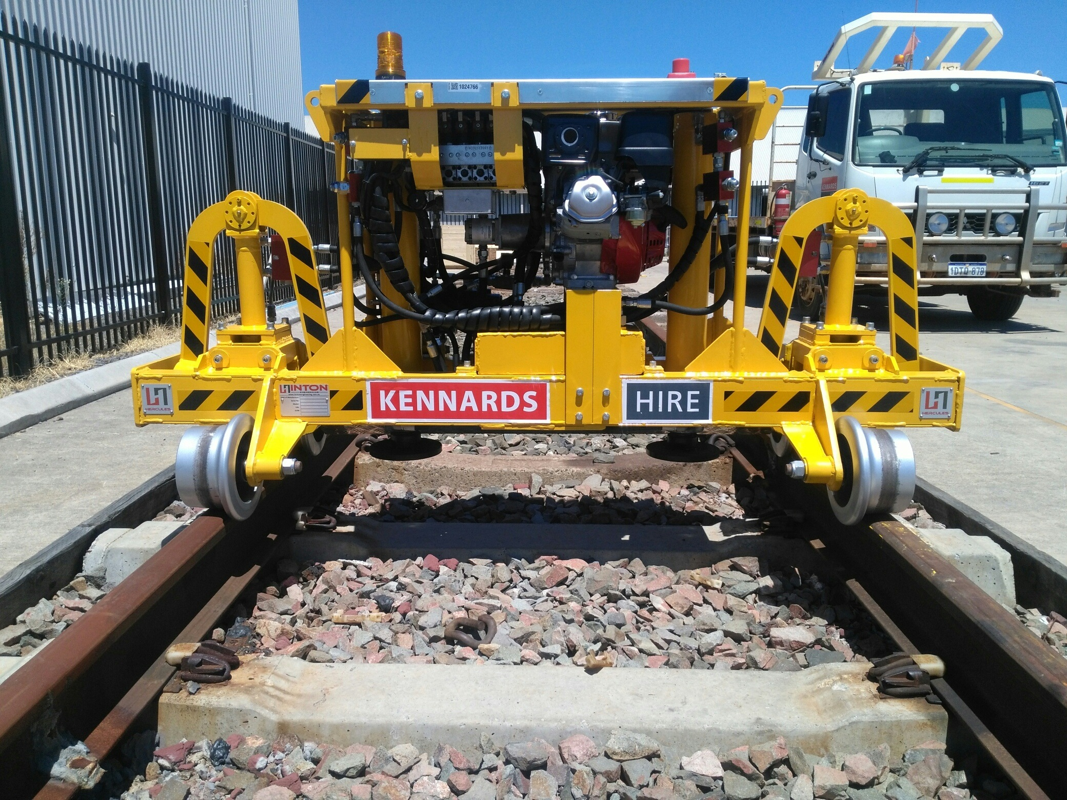 Making track jacking easy with the Self-Propelled Track Jack