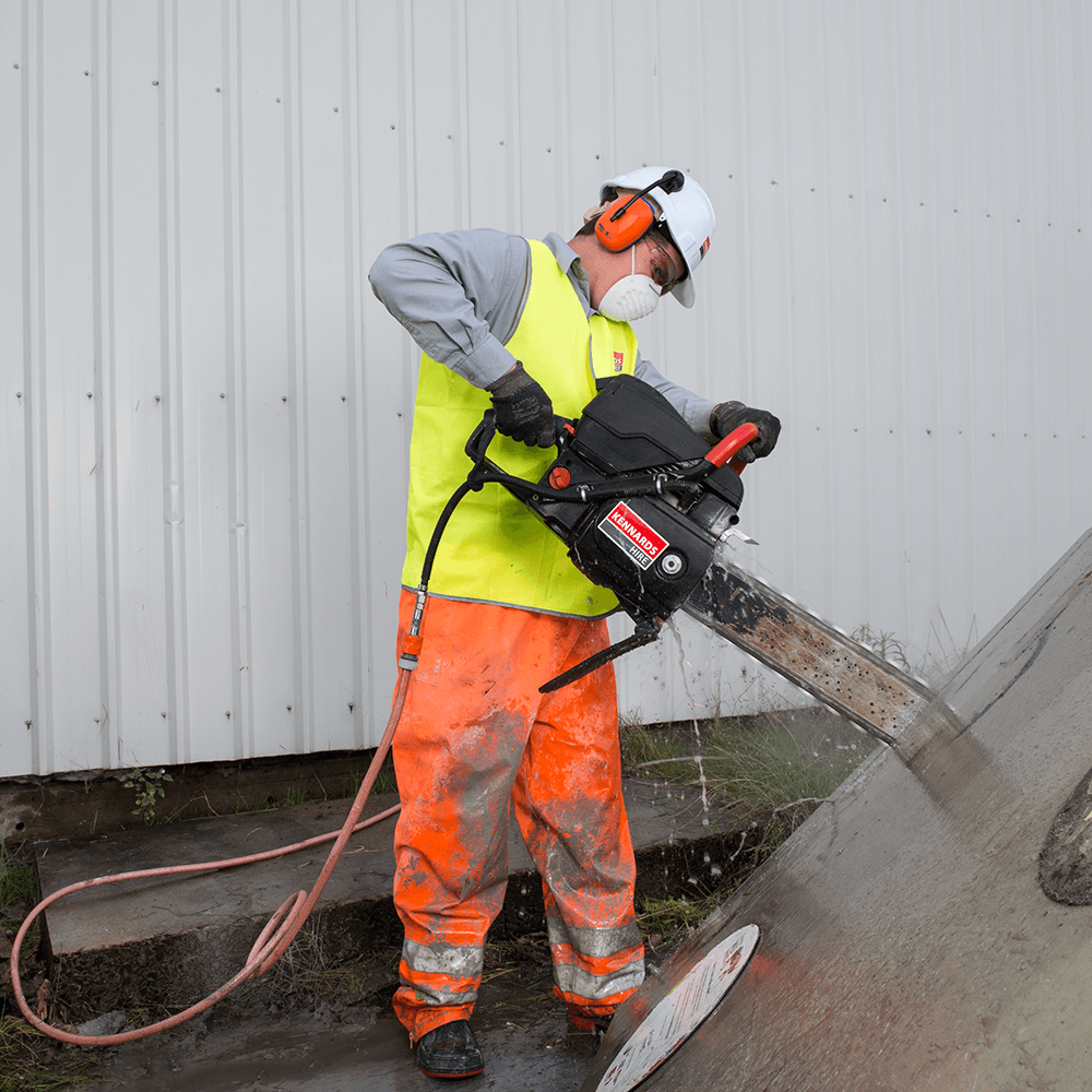 Concrete Chainsaw 400mm 16in Petrol For Rent Kennards Hire