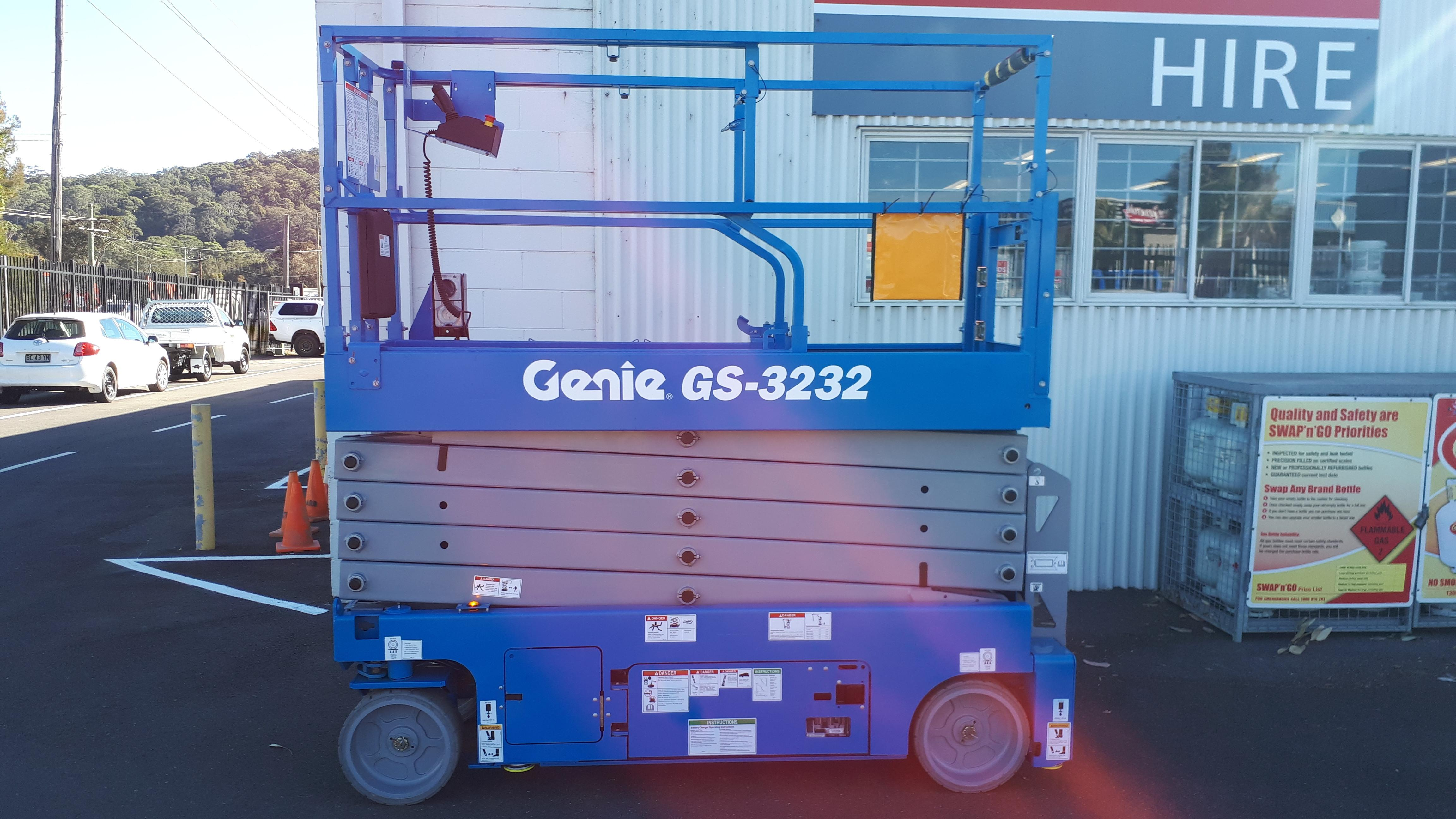 SCISSORLIFT 9 7M 32FT ELECTRIC NARROW for Rent - Kennards Hire